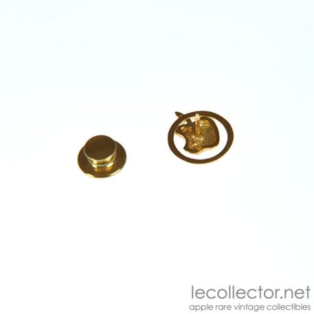 golden apple club gold 18K lapel pin