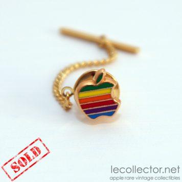 Apple computer tie tack lapel pin rainbow cloisonné Decat Paris