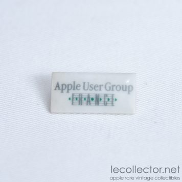 apple-user-group-france-porcelain-lapel-pin