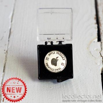 Apple product professional vintage 2005 rare lapel pin