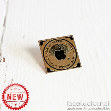Reseau expert Apple official french Apple expert team rare lapel pin