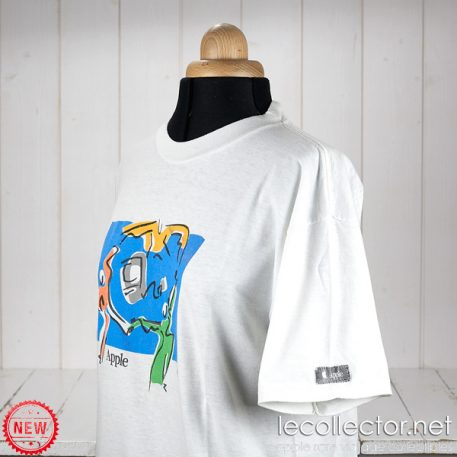 Apple vintage t-shirt dancing on a Mac pre-owned large size